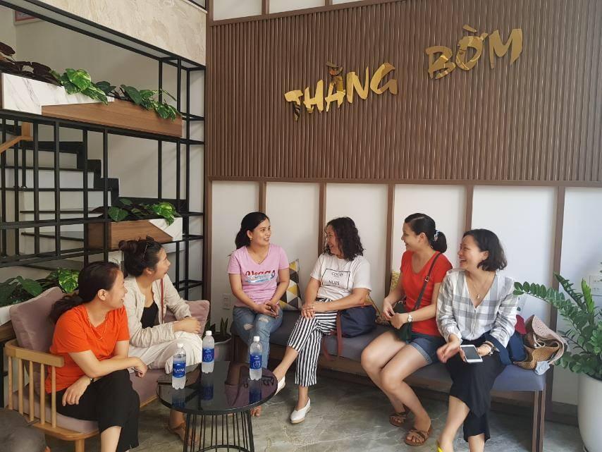 Đoàn làm việc với hộ kinh doanh Homestay tại Đà Nẵng