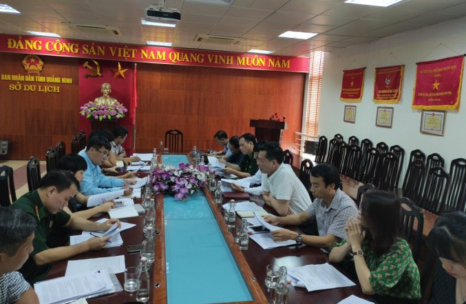 Họp trao đổi tại Hạ Long (Quảng Ninh)
